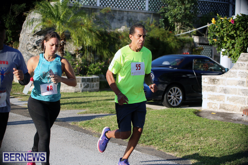 running-Bermuda-Dec-20-2017-16