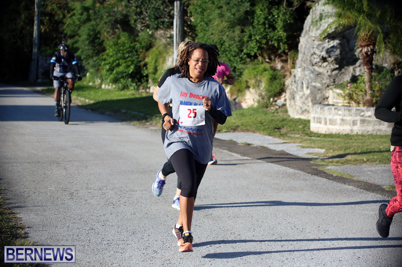 running-Bermuda-Dec-20-2017-18