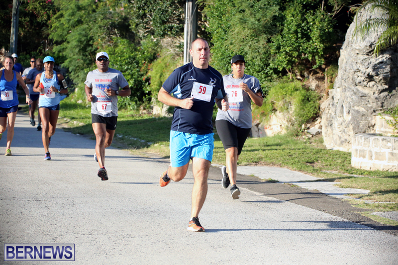 running-Bermuda-Dec-20-2017-8