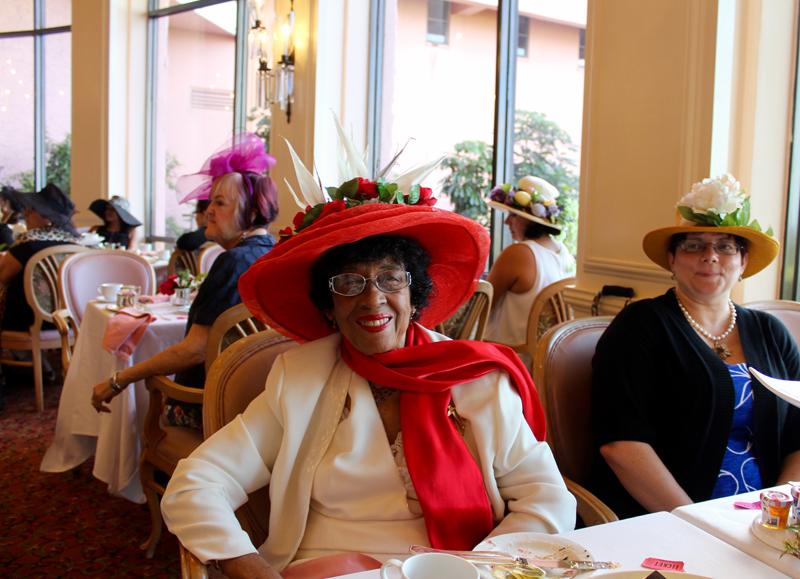 Friends of Hospice Hearts, Hats & High Tea Bermuda Feb 25 2018 (6)