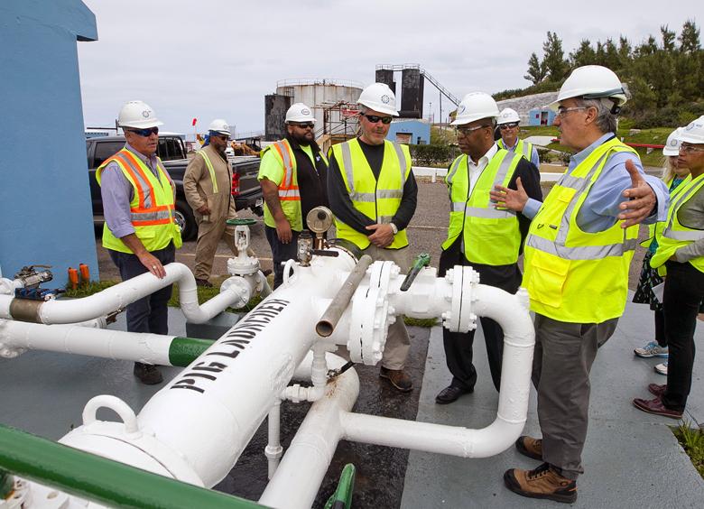 Minister Walter Roban Tours Fuel Plant Bermuda Feb 7 2018 (3)