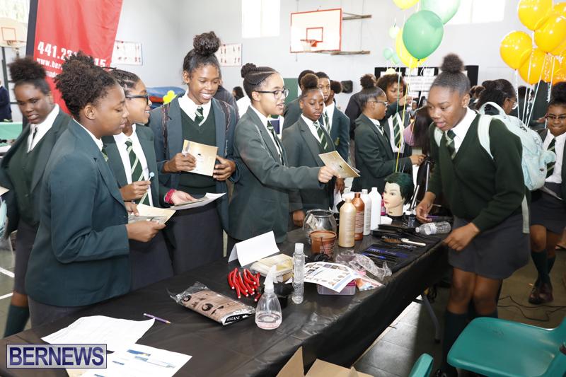 Whitney-Institute-Middle-School-Career-Fair-Bermuda-Feb-9-2018-13