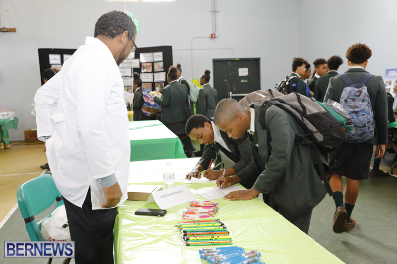 Whitney-Institute-Middle-School-Career-Fair-Bermuda-Feb-9-2018-16