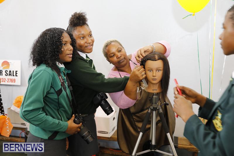 Whitney-Institute-Middle-School-Career-Fair-Bermuda-Feb-9-2018-22