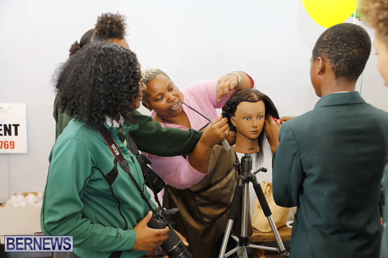 Whitney-Institute-Middle-School-Career-Fair-Bermuda-Feb-9-2018-23