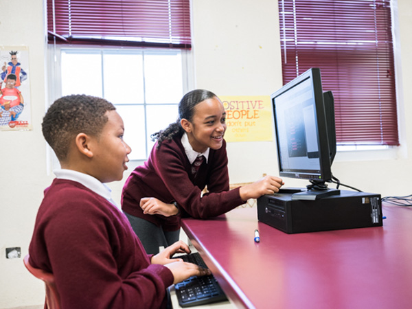 NHURI BASHIR STUDIO, CHILDREN, SANDYS, TECHNOLOGY, TRONCOSSI
