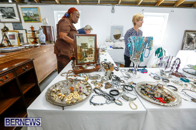 Bermuda-National-Trust-Auction-And-Jumble-Sale-March-1-2018-4047