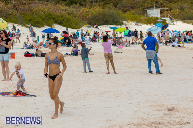 Horseshoe-Beach-Good-Friday-Bermuda-March-30-2018-21