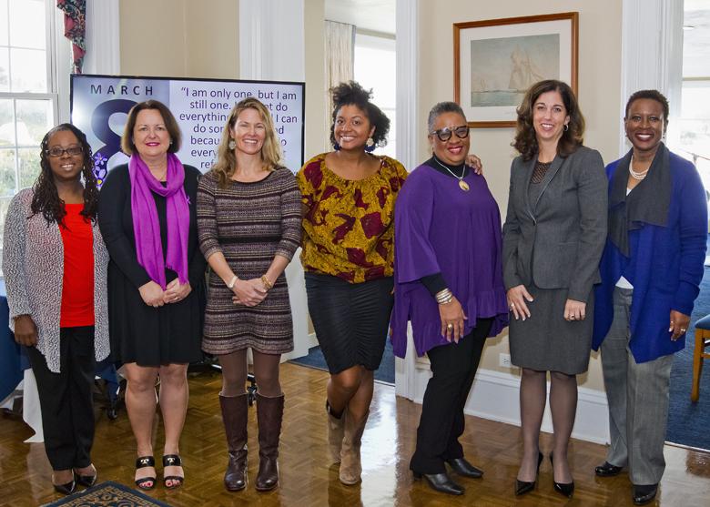 IWD Breakfast Conversation Panel Bermuda March 2018 (3)