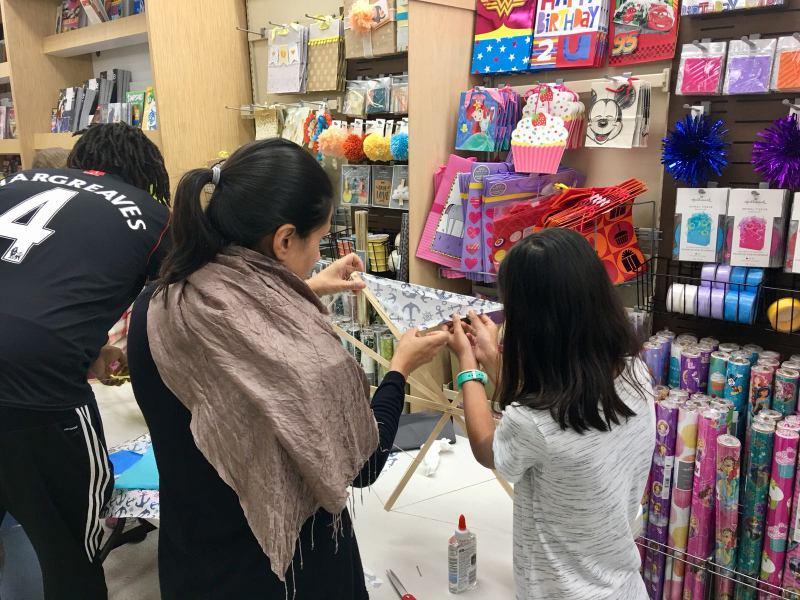 Phoenix Stores Kite Making Workshops Bermuda, March 25 2018 (5)