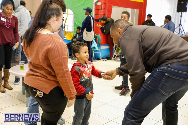Premier's-Annual-Children's-Easter-Egg-Hunt-Bermuda-March-24-2018-5218