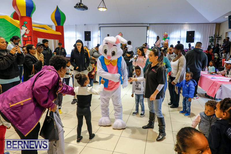 Premier's-Annual-Children's-Easter-Egg-Hunt-Bermuda-March-24-2018-5222