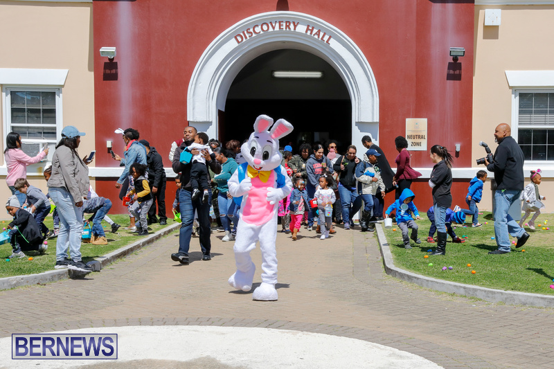 Premier's-Annual-Children's-Easter-Egg-Hunt-Bermuda-March-24-2018-5319