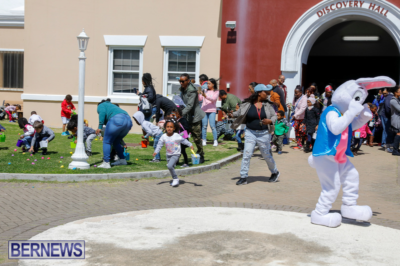 Premier's-Annual-Children's-Easter-Egg-Hunt-Bermuda-March-24-2018-5325