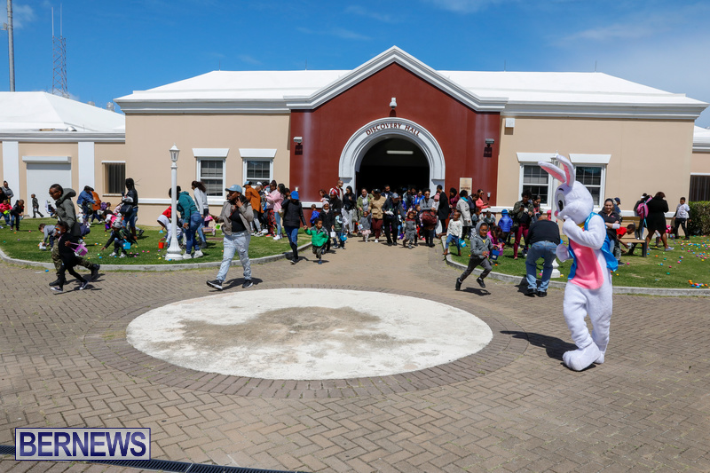 Premier's-Annual-Children's-Easter-Egg-Hunt-Bermuda-March-24-2018-5329