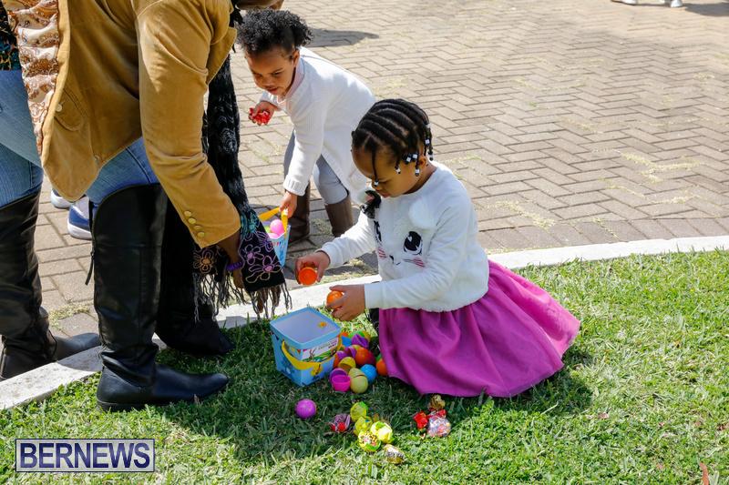 Premier's-Annual-Children's-Easter-Egg-Hunt-Bermuda-March-24-2018-5338