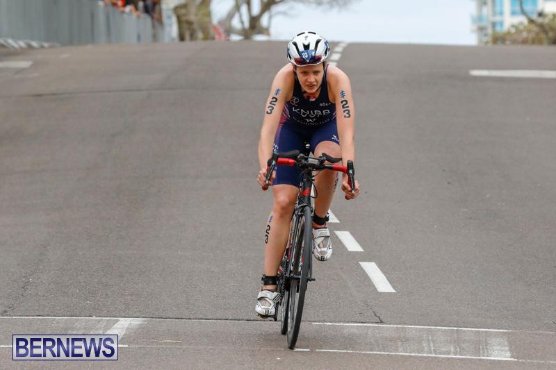 Elite-Women-MS-Amlin-ITU-World-Triathlon-Bermuda-April-28-2018-2132