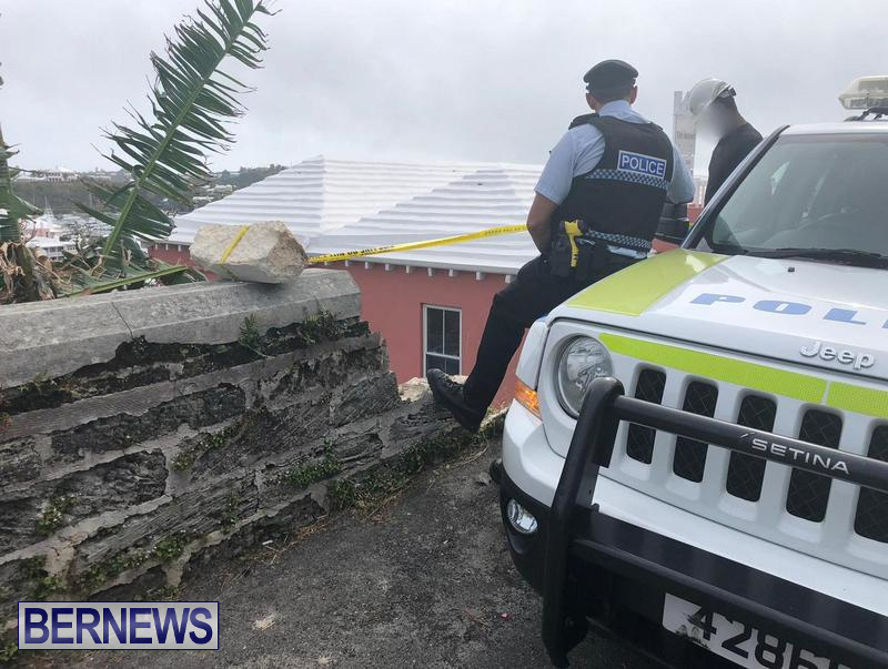 Overturned Car Smashed Wall Bermuda, April  11 2018 (3)