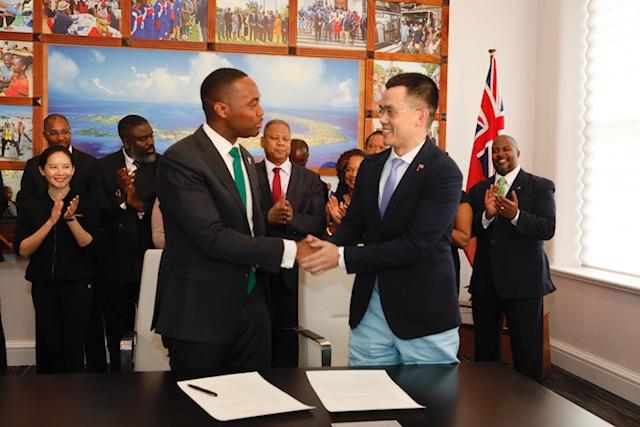 Premier David Burt Binance Bermuda, April 27 2018 (4)