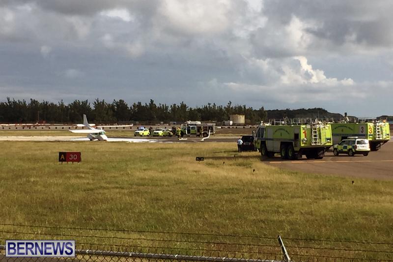 Scene-At-Airport-Bermuda-April-30-2018-10