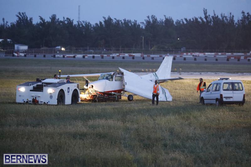Scene-At-Airport-Bermuda-April-30-2018-20