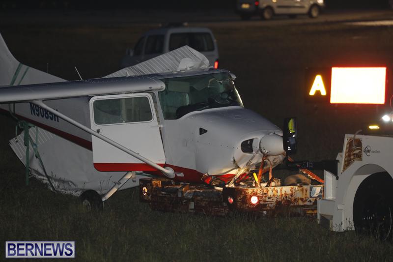 Scene-At-Airport-Bermuda-April-30-2018-22