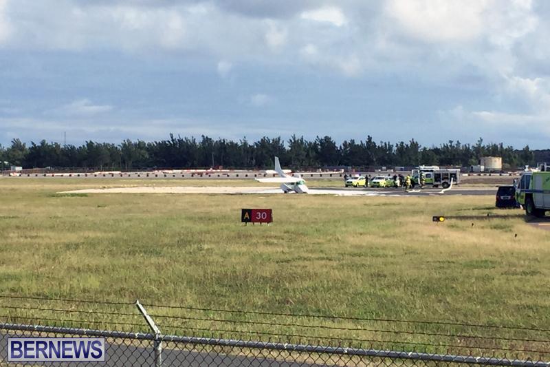Scene-At-Airport-Bermuda-April-30-2018-7