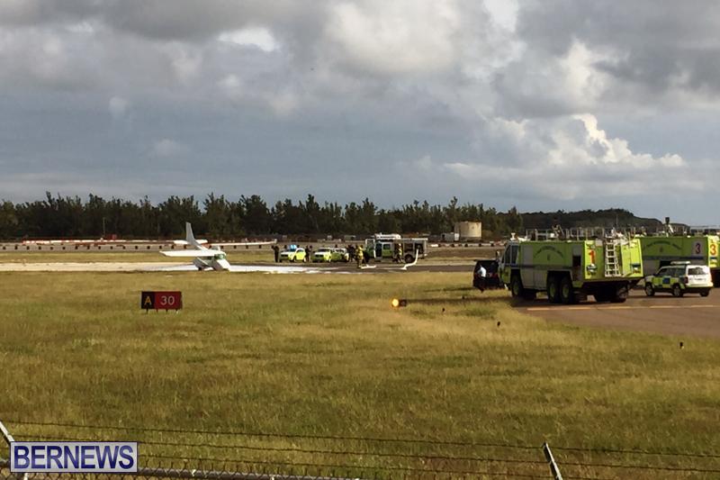 Scene-At-Airport-Bermuda-April-30-2018-8