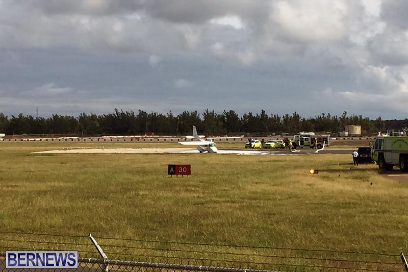 Scene-At-Airport-Bermuda-April-30-2018-9