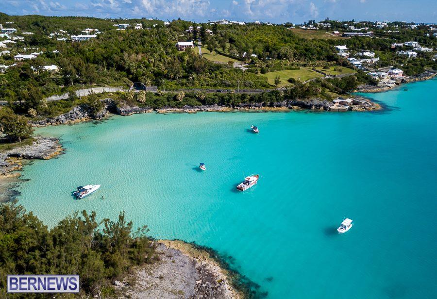 177 Boaters near Gibbet's Island enjoy the amazing May weather
