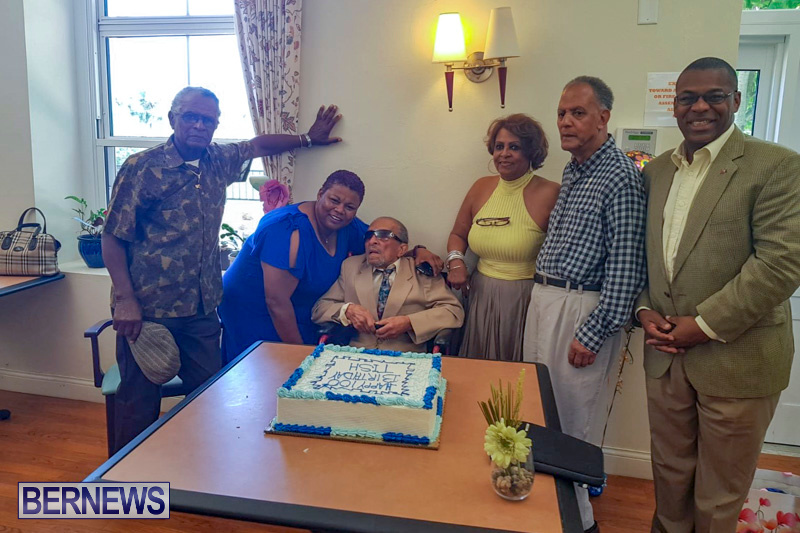 Foggo 100th Birthday Bermuda, May 20 2018 (8)