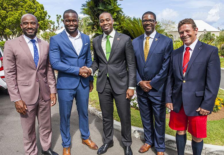 Premier Meets with Sport Tourism Ambassador Bermuda May 2018 (3)