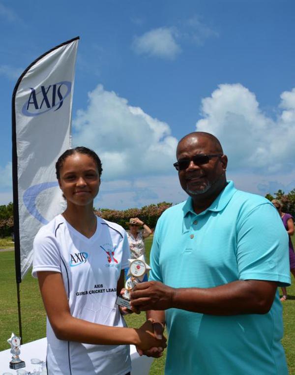 Axis Girls Middle School Cricket Bermuda June 2018 (5)