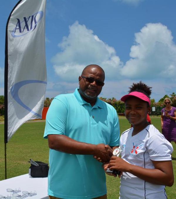 Axis Girls Middle School Cricket Bermuda June 2018 (6)