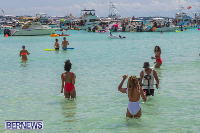 Bermuda-Heroes-Weekend-Raft-Up-June-16-2018-035