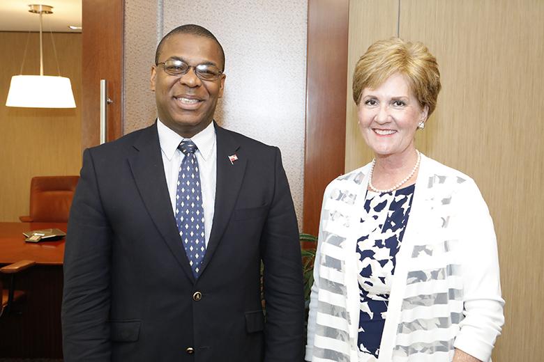 U.S. Consul General, Constance  Dierman & Deputy Premiere Walter Roban Bermuda June 25 2018 (2)