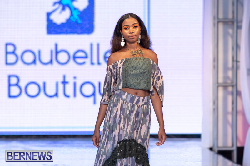 Bermuda-Fashion-Festival-Evolution-Retail-Show-July-8-2018-5099