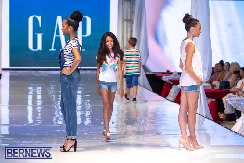 Bermuda-Fashion-Festival-Evolution-Retail-Show-July-8-2018-5319