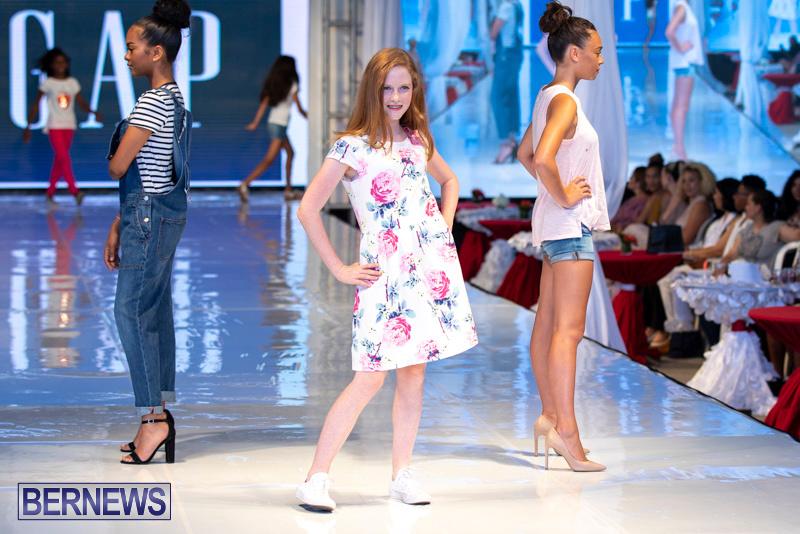 Bermuda-Fashion-Festival-Evolution-Retail-Show-July-8-2018-5338