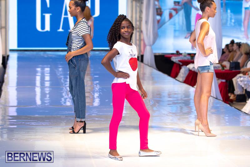 Bermuda-Fashion-Festival-Evolution-Retail-Show-July-8-2018-5346
