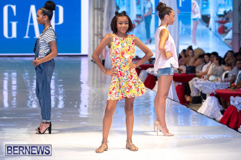 Bermuda-Fashion-Festival-Evolution-Retail-Show-July-8-2018-5363