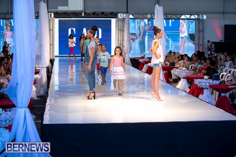 Bermuda-Fashion-Festival-Evolution-Retail-Show-July-8-2018-5370