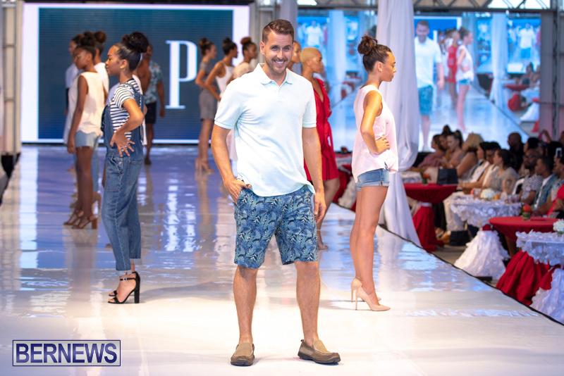 Bermuda-Fashion-Festival-Evolution-Retail-Show-July-8-2018-5421