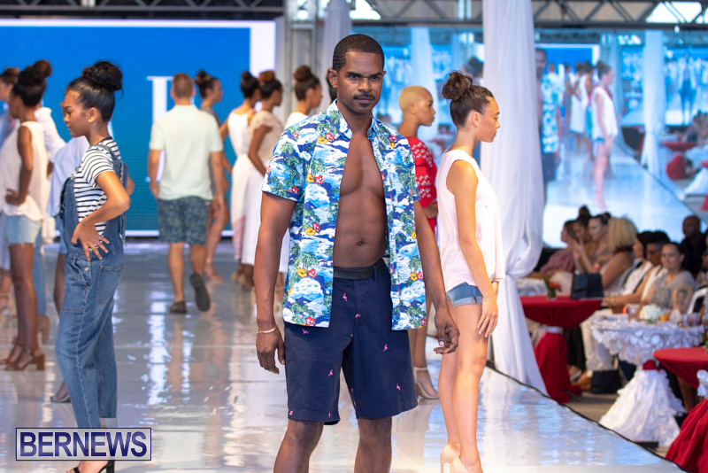 Bermuda-Fashion-Festival-Evolution-Retail-Show-July-8-2018-5435