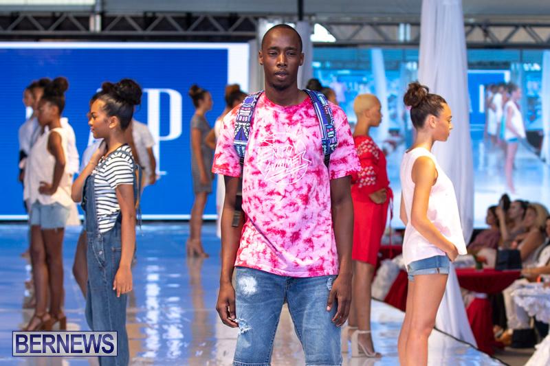 Bermuda-Fashion-Festival-Evolution-Retail-Show-July-8-2018-5444