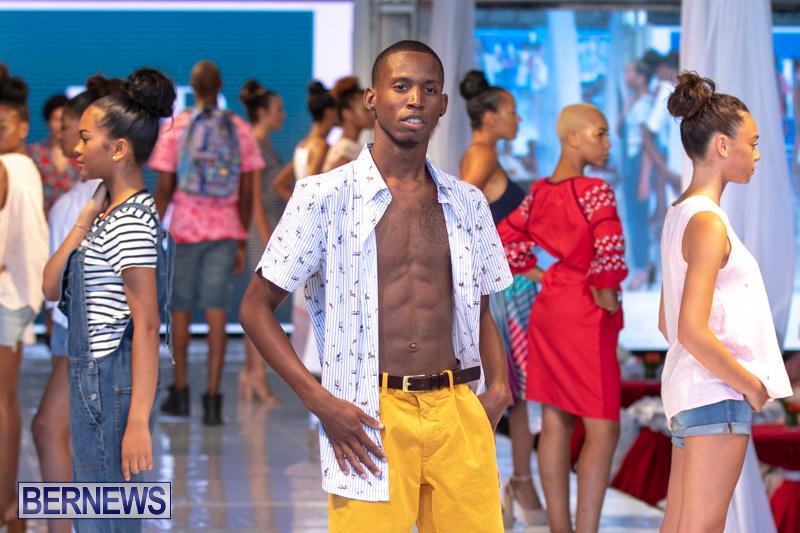 Bermuda-Fashion-Festival-Evolution-Retail-Show-July-8-2018-5453