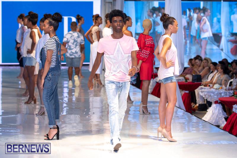 Bermuda-Fashion-Festival-Evolution-Retail-Show-July-8-2018-5485