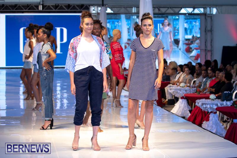 Bermuda-Fashion-Festival-Evolution-Retail-Show-July-8-2018-5525