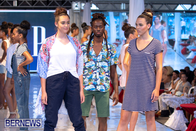Bermuda-Fashion-Festival-Evolution-Retail-Show-July-8-2018-5527
