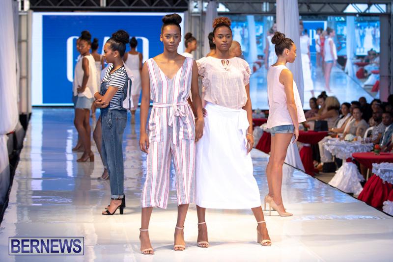 Bermuda-Fashion-Festival-Evolution-Retail-Show-July-8-2018-5542